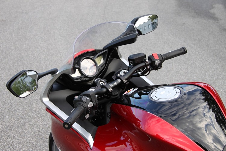 Superbike Kit Honda VFR 1200FD 10-